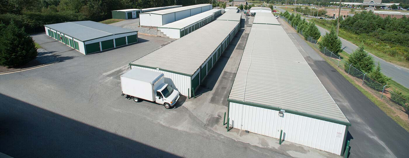 Aerial view Dawsonville storage units and moving truck